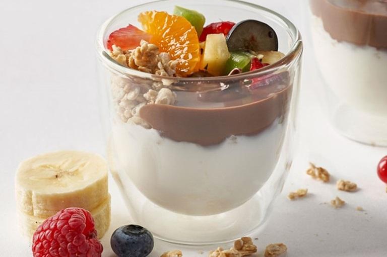 Yogur con Nocilla y granola